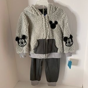 Disney Mickey And The Racers Hoodie & Joggers 3T N